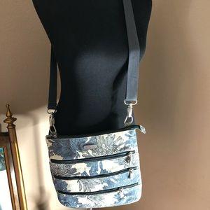Cute blue floral print cross-body purse
